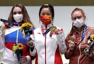 المپیک 2020 توکیو  مجوز چند ثانیه ای به مدال آوران برای برداشتن ماسک!