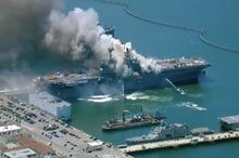 انفجار ناوهواپپیمابر  آمریکا