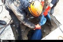 جسد زنی میانسال در چاه فاضلابی در مشهد کشف شد