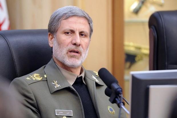 وزیر دفاع :جریان تجزیه طلبی در عراق را برای امنیت منطقه مضر می دانیم