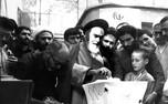 امام اولین رای خود را در کدام صندوق انداختند؟/پاسخ ایشان به عکاسان برای رای مجدد چه بود؟