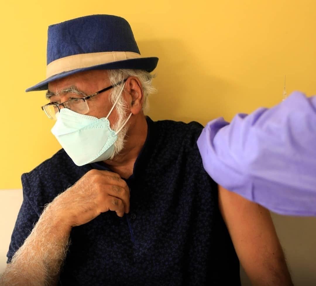 فریدون جیرانی و چند هنرمند سرشناس واکسیناسیون شدند