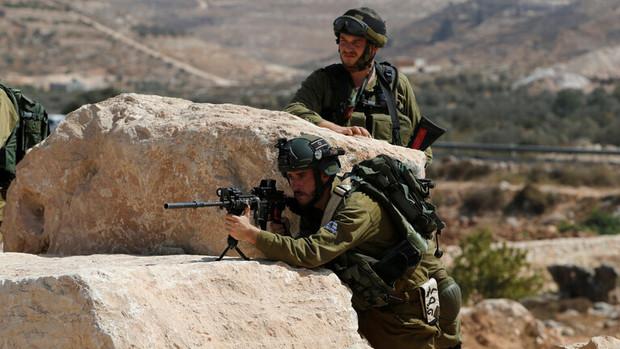 عقب نشینی ناگهانی ارتش اسرائیل و پیروزی جدید برای فلسطینی ها
