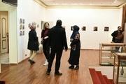 عکس های هنرمند گلستانی در پاریس به نمایش گذاشته شد