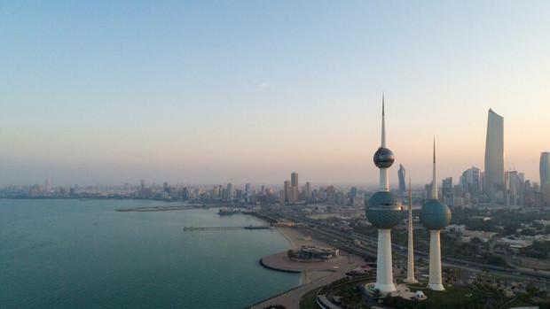 کویتی ها علیه واکسیناسیون اجباری کرونا تظاهرات کردند