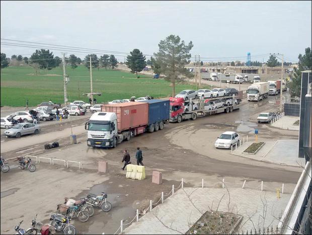 رشد ۶۰ درصدی تردد مسافر از پایانه مرزی پلدشت