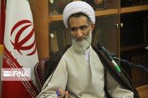 اتقلاب اسلامی به برکت عاشورا زنده و پویاست