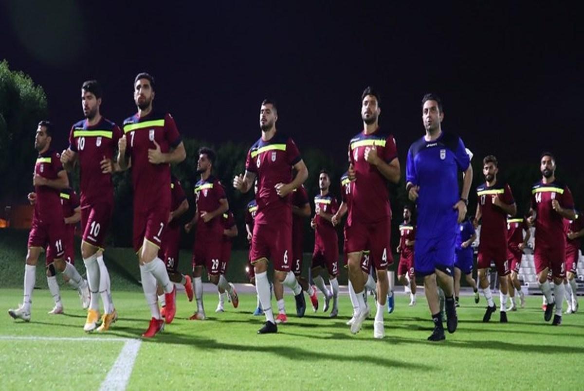 اولین تمرین تیم ملی فوتبال در دوحه قطر/بطری بازی جهانبخش و طارمی+عکس
