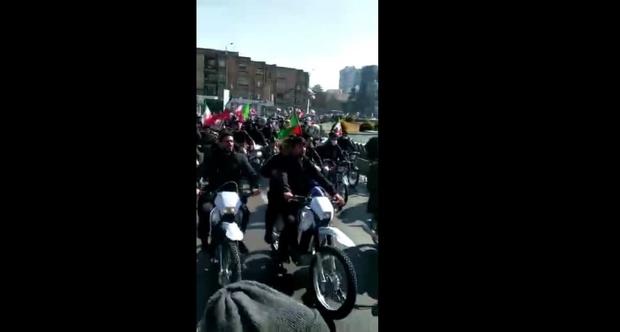 واکنش نماینده اصفهان به توهین به رییس جمهور: تلنگر است!