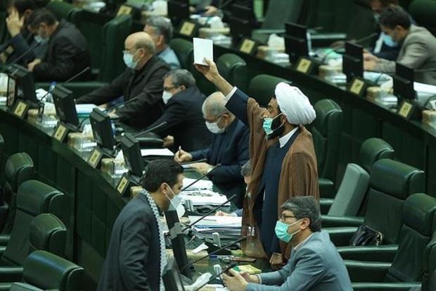 بحث نقدعلی و قالیباف بر سر گزارش کمیسیون ها در مورد وزرای پیشنهادی