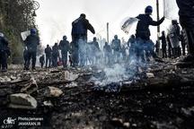 ده ها زخمی در تظاهرات الجزایر+ تصاویر