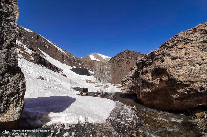 طبیعت زیبای کوهستان دیزین