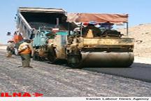 نوسازی آسفالت خیابانهای پاکدشت و رفع آثار چالههای موجود در کوچه ها