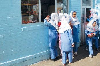 پیشنهاد بازگشایی مدارس از اول اردیبهشت/تعویق دو هفتهای زمان برگزاری کنکور