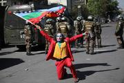جوکرها در اعتراضات شیلی + عکس