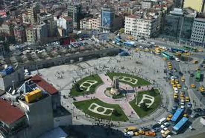 بلایی که قرنطینه بر سر میدان تکسیم آورد!/ ویدیو