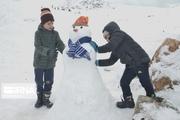 برف برخی مدارس مازندران را به تعطیلی کشاند