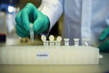 ساخت واکسن کرونا چند سال طول می کشد، فاصله گذاری را رعایت کنید
