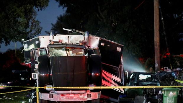 انفجار مهیب در لس آنجلس آمریکا 16 زخمی بر جای گذاشت