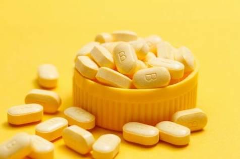 علائم مشهود کمبود ویتامین B12