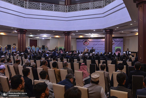 دیدار مهمانان سی و سومین کنفرانس وحدت اسلامی با سید حسن خمینی