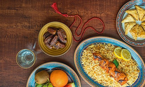 از افطار تا سحر چه غذاهایی بخوریم؟
