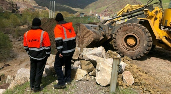 رفع 20 نقطه حادثهخیز محورهای مواصلاتی استان یزد  رتبه دوم استان در کاهش تلفات جادهای