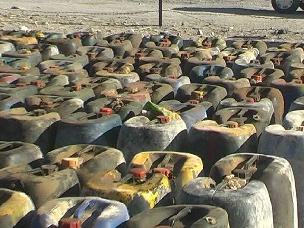 ۵۹ هزار لیتر سوخت قاچاق در جنگلهای حرا میناب کشف شد