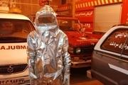 اهدای لباس ضدحریق توسط خیر سردشتی به آتشنشانی