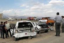 13 مصدوم و فوتی در تصادف زنجیره ای اتوبان ساوه تهران