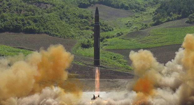 کره شمالی موشک«استراتژیک با اهمیت فوقالعاده» آزمایش کرد