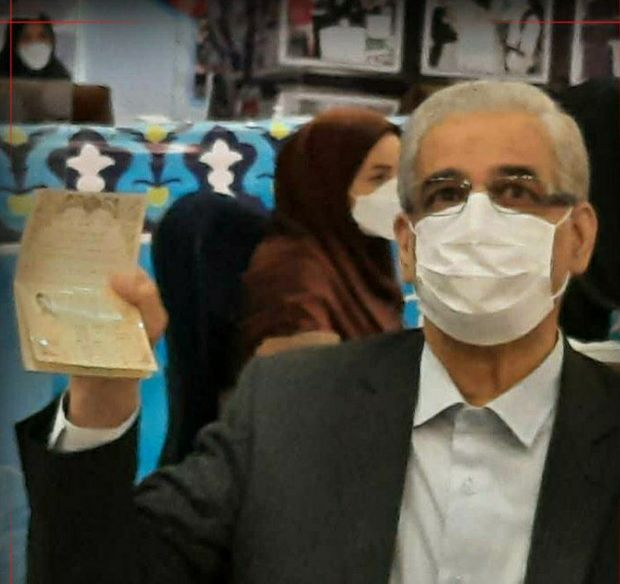 ثبت نام صادق خلیلیان وزیر جهاد کشاورزی دولت دهم در انتخابات ریاست جمهوری