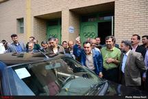 طرح مشکلات کارگران قزوین با رئیس کل دادگستری قزوین+فیلم