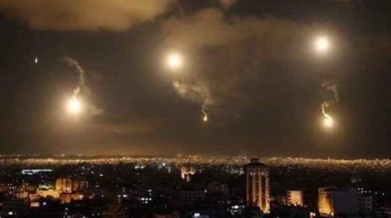 تجاوز اسرائیل به حومه دمشق و انهدام بیشتر موشک های شلیک شده/ واکنش روسیه