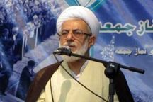 امامجمعه نوشهر: اقتدار نیروی انتظامی باید توأم با محبت باشد