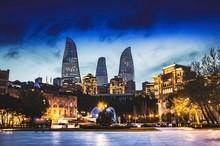 راهنمای سفر به باکو با کشتی