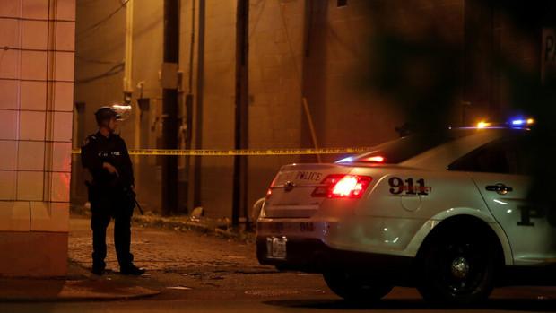 کشته و زخمی شدن 10 نفر در تیراندازی در آمریکا