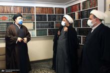 حضور سید حسن خمینی در منزل آیت الله جلالی خمینی(ره)