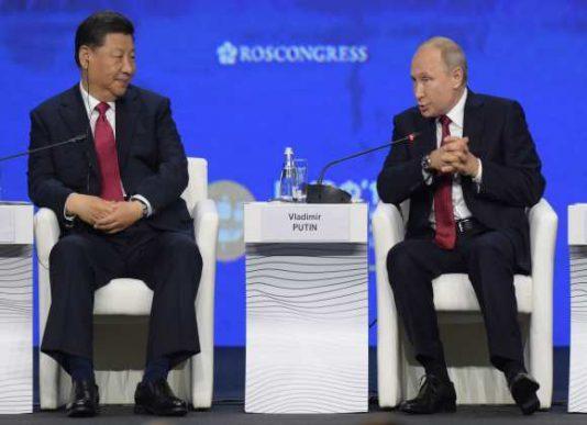 چین و روسیه علیه سلطه اقتصادی آمریکا بر جهان اعلان جنگ کردند