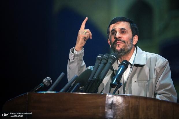هشدار کنشگر منتسب به احمدی نژاد به شورای نگهبان در خصوص رد صلاحیت وی!