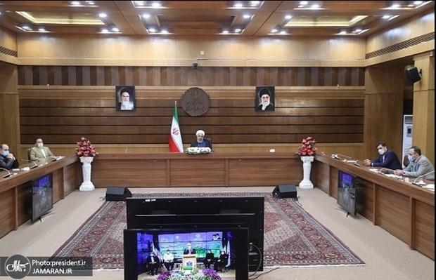 ارتباط تصویری رئیس جمهور با ۴ مرکز درمانی کشور در دومین روز سال 1400