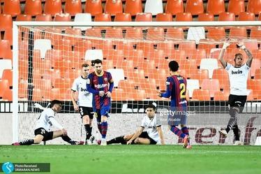 فوتبال اروپا| والنسیا 2 - بارسلونا 3؛ سه امتیاز مهم از لانه خفاشها+عکس و ویدیوی سوپرگل مسی و سولر