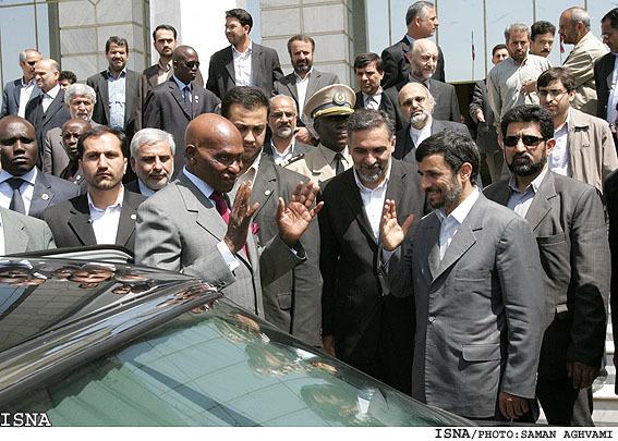 ماجرای عجیب سرمایه گذاری خودرویی ایران در سنگال + عکس