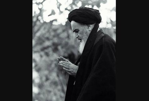 مستحباتی که امام به هنگام نماز انجام می دادند