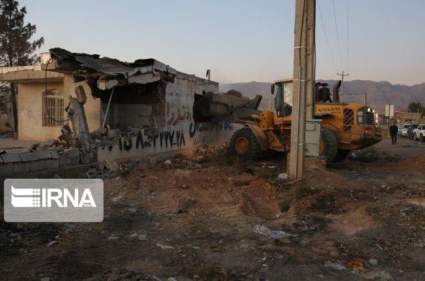 ساخت و سازهای غیرمجاز در شهر صدرای شیراز تخریب شد
