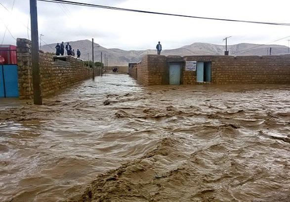 آواربرداری 100 واحد مسکونی مناطق آسیبدیده شهری و روستایی