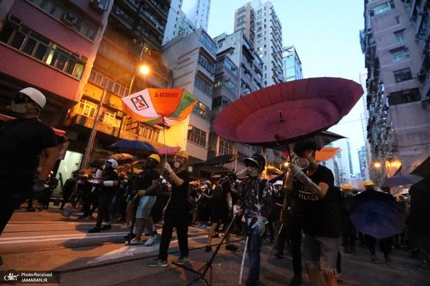 راهپیمایی چند کیلومتری در هنگ کنگ به آشوب کشیده شد+ تصاویر