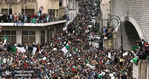 سومین جمعه اعتراضی علیه بوتفلیقه+ تصاویر