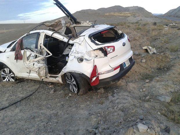 واژگونی خودرو، تهدیدی در جادههای کویری