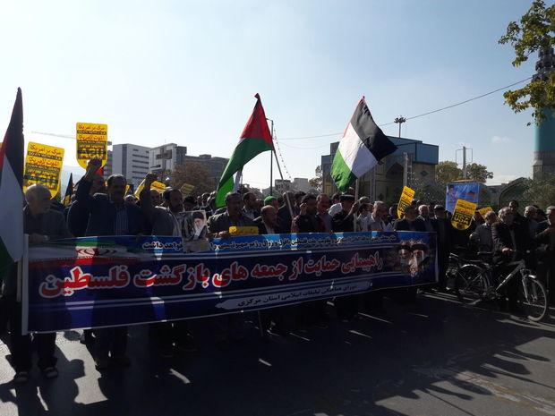 نمازگزاران اراکی در حمایت از مردم فلسطین راهپیمایی کردند